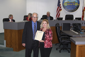 Mayor Honors City Pageant
